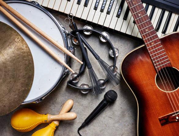 Guitar player pic